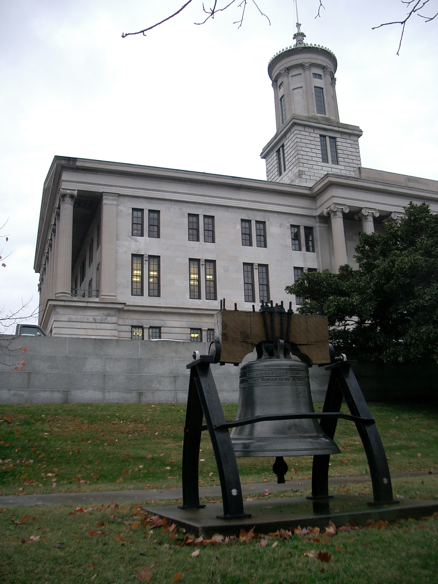 Tennessee Liberty Bell replica